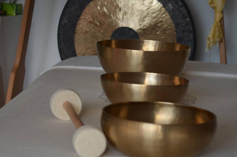 Klangschalen mit Gong